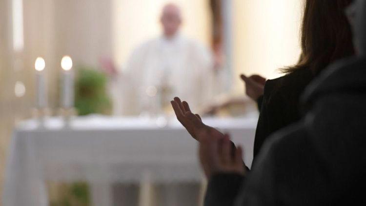Papa Francisco: a rivalidade e a vanglória causam guerras