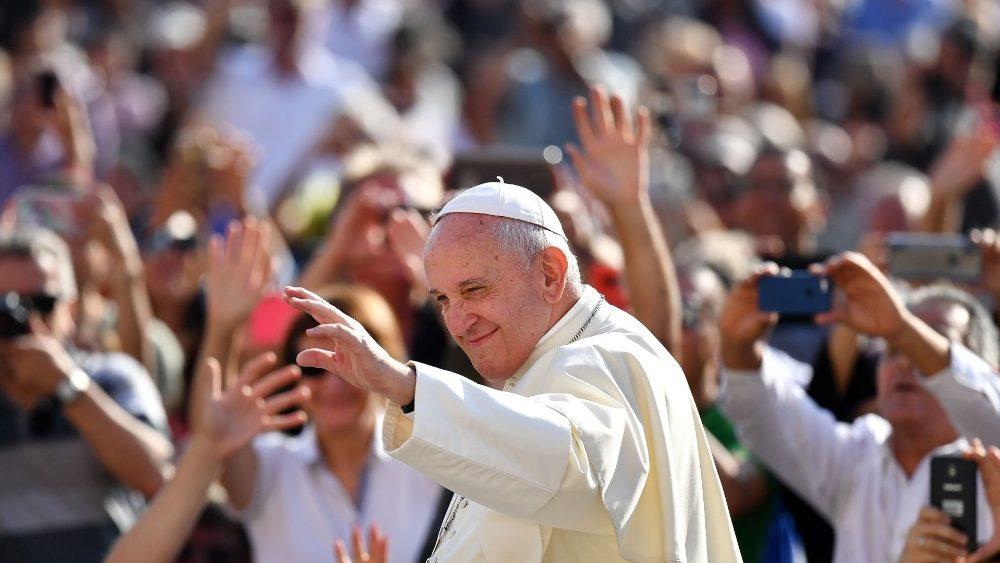 Francisco na Audiência Geral: o Espírito Santo é o protagonista da evangelização