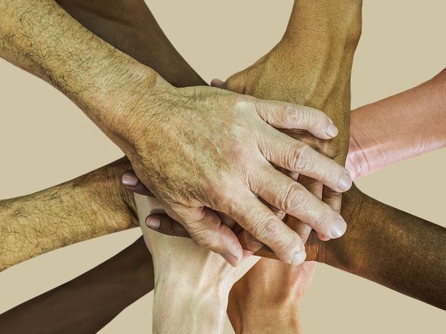 O Papa aos meios de comunicação: a unidade na diversidade inspire o serviço ao bem comum