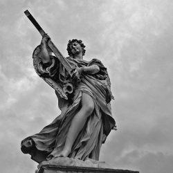 A hierarquia dos anjos e o modo da adoração no Céu