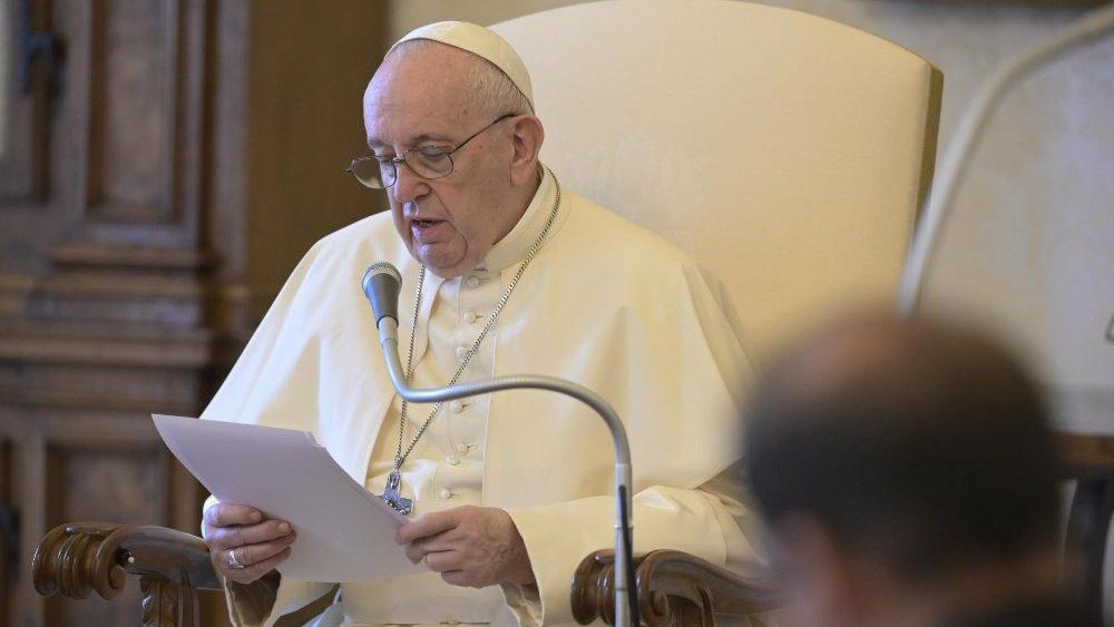 O Papa: não queremos ser indiferentes ou individualistas, duas atitudes contra a harmonia