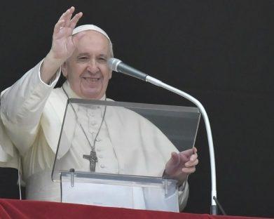 Papa: encontrar a cura também para os grandes vírus humanos e socioeconômicos